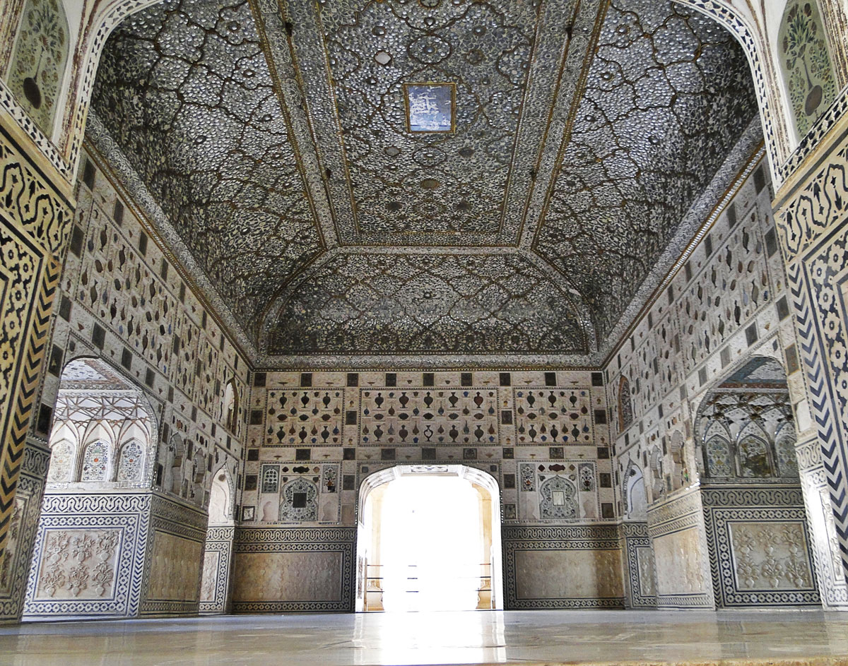 PIADELAYED_Sheesh_Mahal.jpg